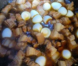 鹌鹑蛋烧肉的做法