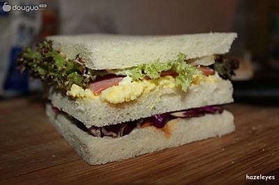蛋黄酱三明治