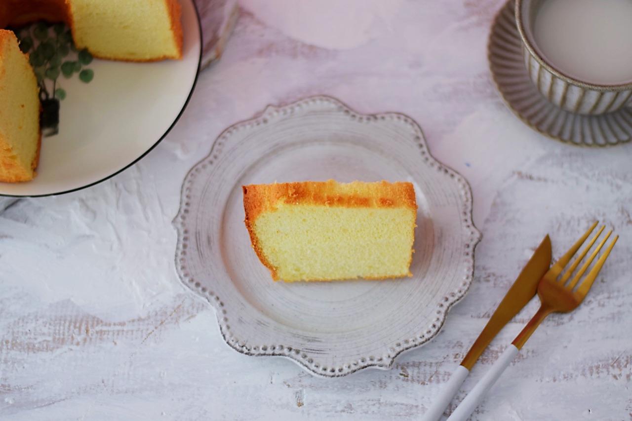 7寸中空原味戚风蛋糕