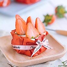网红甜品「草莓福袋」