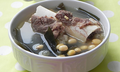 黄豆海带大骨汤的做法