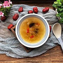 #做道懒人菜,轻松享假期#银耳莲子红枣汤