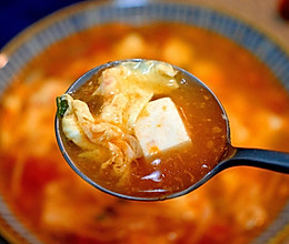 #快手又营养,我家的冬日必备菜品#番茄金针菇豆腐低脂汤的做法