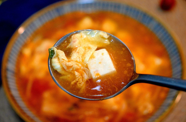 番茄金针菇豆腐低脂汤的做法