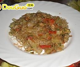 鸡肉蔬菜炒粉干  加详细步骤的做法