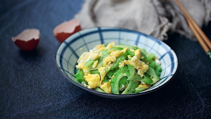 苦瓜炒鸡蛋#花10分钟,做一道菜!#