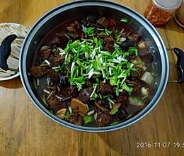 川味牛肉火锅的做法