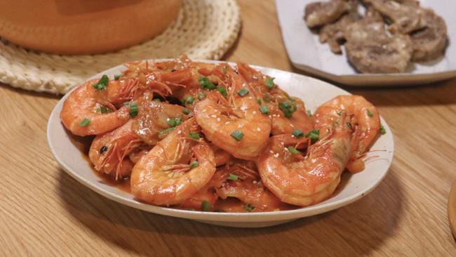 番茄油焖虾的做法