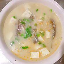 野生鲫鱼豆腐汤