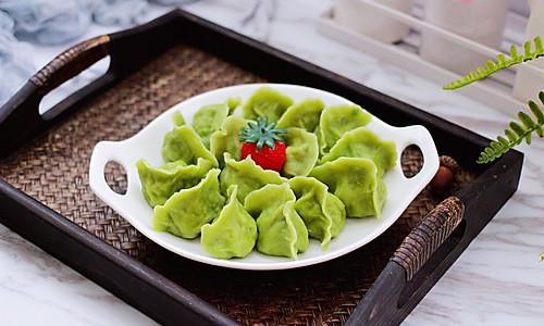 #做道懒人菜,轻松享假期#槐花韭菜翠玉饺子的做法