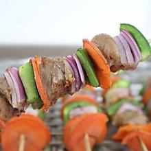 #憋在家里吃什么# 烤箱版烤羊肉串,鲜嫩多汁很美味