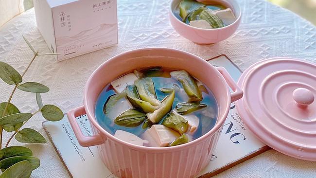 #夏日消暑,非它莫属#龙井豆腐丝瓜汤,清热解暑增食欲的做法