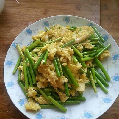 蒜苔炒鸡蛋的做法 步骤9
