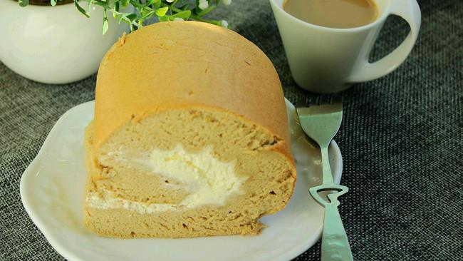 咖啡奶油蛋糕卷#美的FUN烤箱·焙有FUN儿#的做法