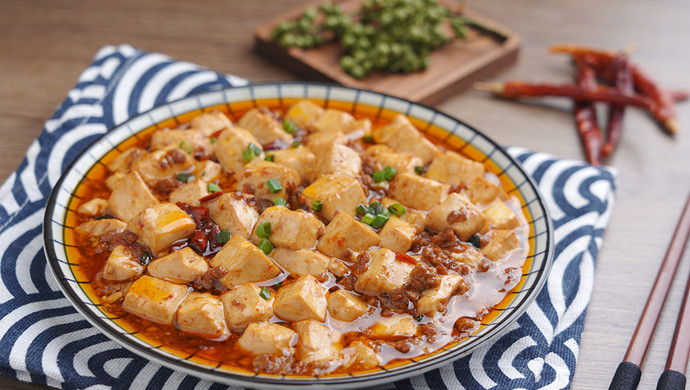 今天就做这道经典下饭菜——麻婆豆腐