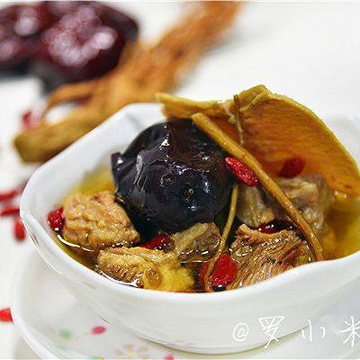 【冬季滋补】当归黄芪红枣枸杞牛肉汤