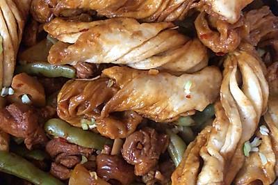 一锅出//鸡腿肉炖豆角土豆一锅出