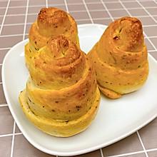 罗勒芝士面包卷
