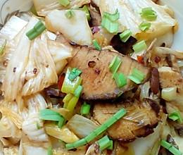 家常白菜炒肉的做法