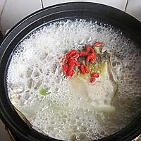 初秋养生汤--山药枸杞鲫鱼汤的做法图解13