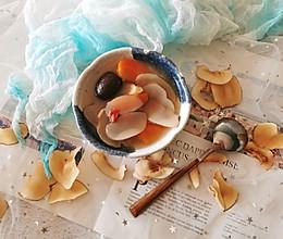 #父亲节,给老爸做道菜#除燥润肺|海底椰筒骨汤的做法