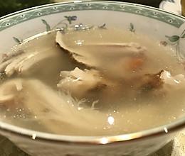 石锅松茸炖土鸡的做法