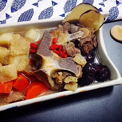 竹荪牛骨汤