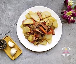 土豆片洋葱炒肉的做法