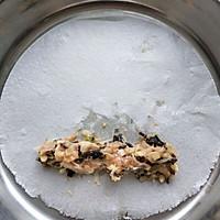 酒席上必上的硬菜:香酥炸春卷的做法图解16