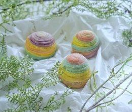 给自己的少女心一点奖励——彩虹蛋黄酥的做法