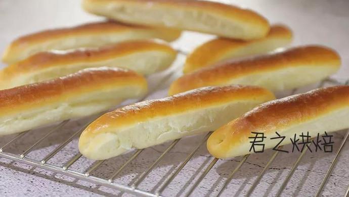 可爱的小奶棍面包,看上去就很好吃