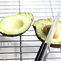 【牛油果沙拉】营养丰富。美容保健的做法图解3