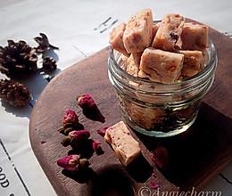 玫瑰海盐牛轧糖(打造一颗软糯不粘牙的牛轧糖)的做法