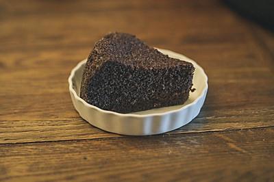 #冬天就要吃火锅#八寸黑米粉海绵蛋糕