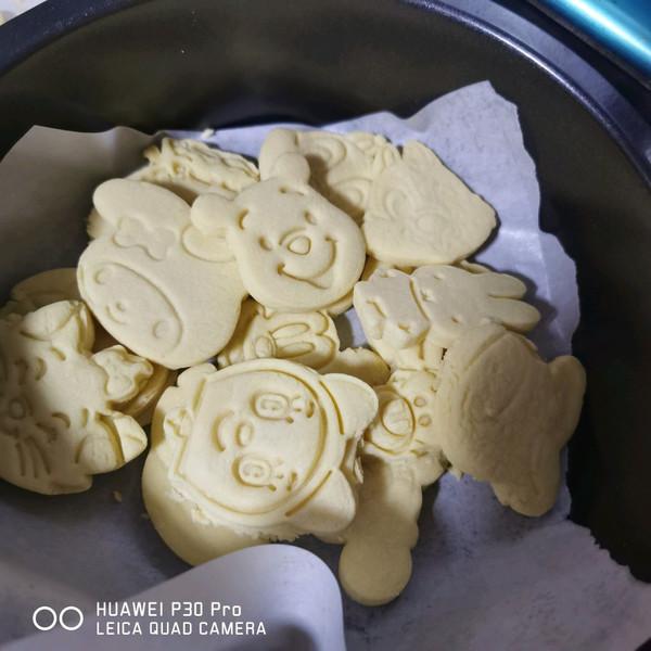 黄油卡通饼干的做法