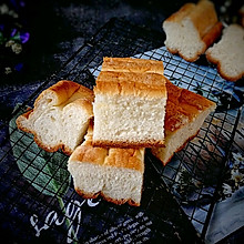 #晒出你的团圆大餐#超软切块牛奶面包