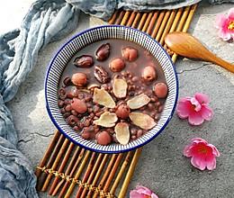 红枣莲子百合红豆水的做法