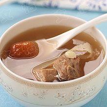 牛骨香菇萝卜汤
