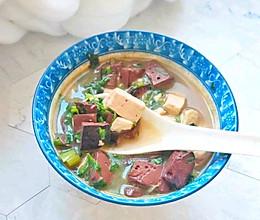 猪肉吃不起就吃它:暖身的同是还能补血和清理身体垃圾的做法