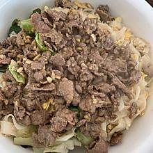 牛肉炒河粉