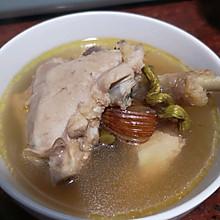 #憋在家里吃什么#花旗参石斛鸡汤