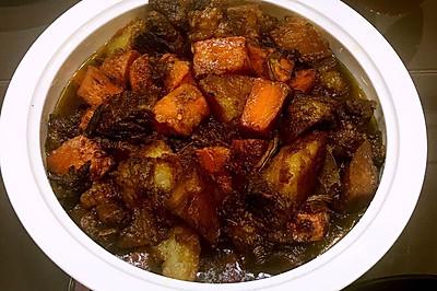 红烧牛肉土豆胡萝卜