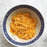 懒人自有妙计:红豆沙蛋黄酥 &紫薯肉松蛋黄酥(蛋挞皮版)的做法图解8