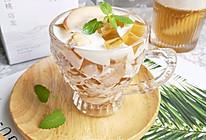 清凉爽滑的白桃乌龙茶冻撞奶,这个夏天全靠它续命!的做法