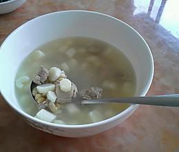 淮山黄豆排骨汤的做法