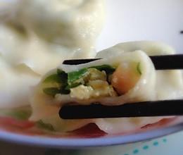 韭菜鸡蛋虾仁饺子的做法
