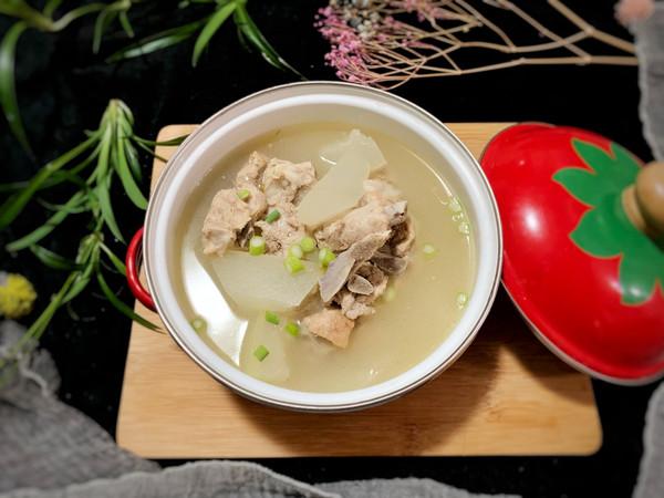 #秋天怎么吃#排骨炖冬瓜汤的做法