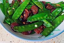 广式香肠炒扁豆的做法