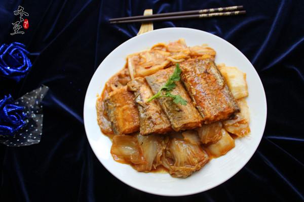 刀鱼扒白菜的做法