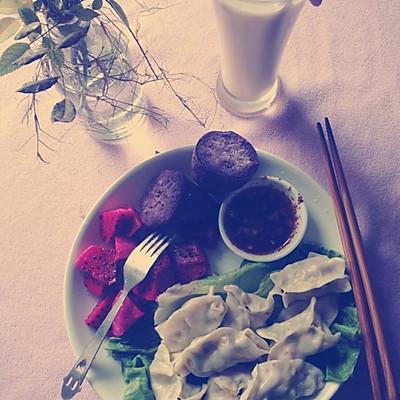 减肥食谱 无肉蔬菜饺子